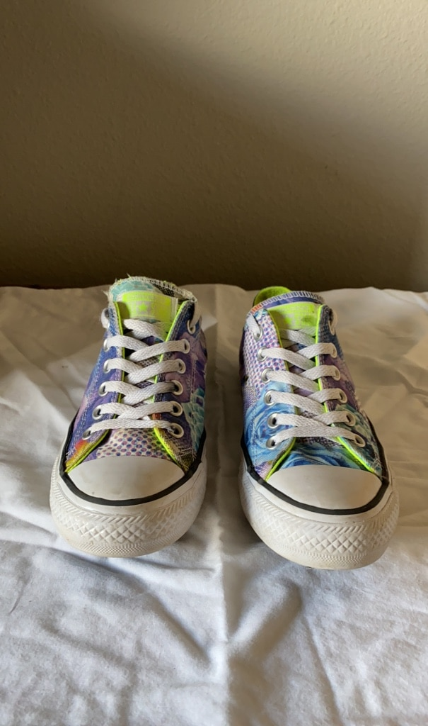 Photo Floral Converse size 7 womens shoes