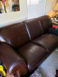 Curb Alert Free 3-seat sofa and 2 sofa chairs Falls Church, 22043