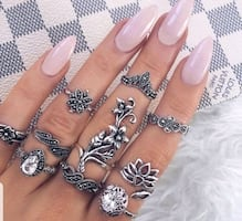 10 PC Bohemian ring set