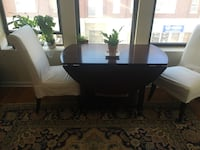 Pottery Barn drop leaf dining table Chicago, 60625