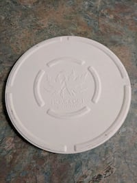 8 inch pizza stone with holder Victoria, V9A 1Y6