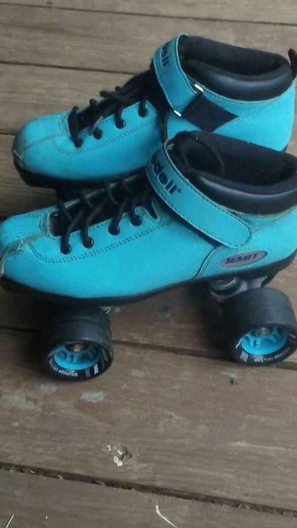 Used Pair Of Black And Blue Roller Skates For In Ball Ground Letgo
