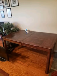 Kitchen/Dining table Burke, 22015