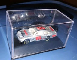 8 and 88 collectible cars in cases
