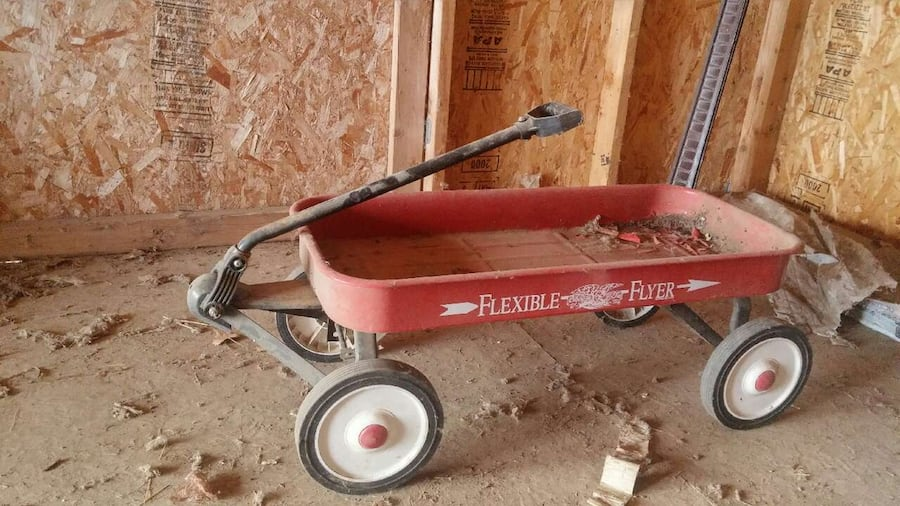 Used Flexible Flyer Red Wagon For