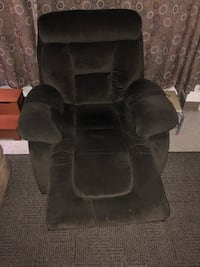 Chair.  Like new! Pinole, 94564