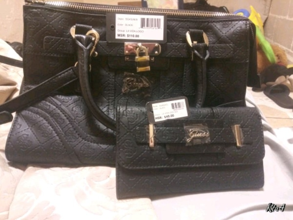 Used Brand new guess purse and wallet set for sale in Los Angeles - letgo fbdb00533fa27