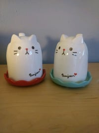 two white cat figurines Langley, V3A 3Y4