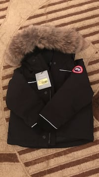 Black and brown parka Canada goose
