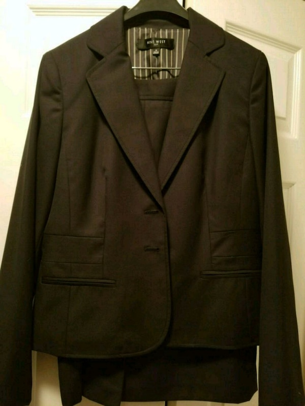 99a3547ba36 Used NWT Nine West black 2 piece skirt suit sz6 for sale in Brighton ...