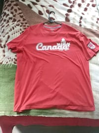 Canada Crew Neck XL. St. Catharines, L2R 3E2