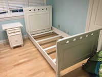 Twin bed and night table  Markham, L3T 1M9