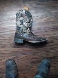 pair of gray-and-black leather cowboy boots Gray, 37615
