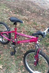 Magma 6speed hard tail girl bike ready to go for 6up to12