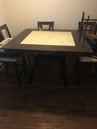 Square table  Englewood, 80112