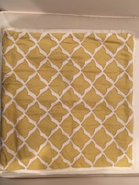 Pottery Barn Yellow and white pillow cases Huntington, 11747
