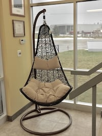 Brand new swing chair Guelph, N1L 0G6
