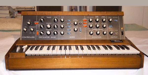 Minimoog Model D Vintage Mini Moog synthesizer 1974