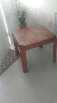 1 Oak Wood End Table - 8.25