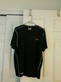 Under armour mens large FITTED  El Paso, 79936