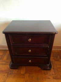 Mahogany night tables Toronto, M6E 3P9