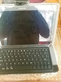 Samsung tab S titanium bronze & keyboard case $300 Peterborough, K9J 1A7