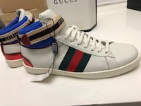 Gucci Ace Stripe Sneakers size 9/9.5 Silver Spring, 20904