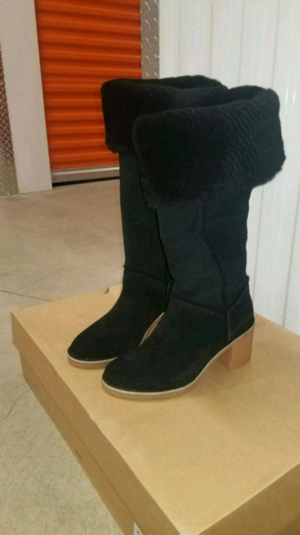f9c23c9ad9a KASEN TALL UGG. (PRICE DROP)