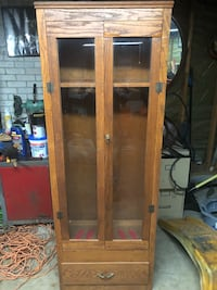 brown wooden framed glass display cabinet Macon, 62513