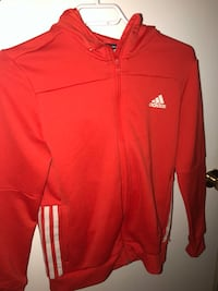 Red Adidas sweater  Cambridge, N1R 6G2