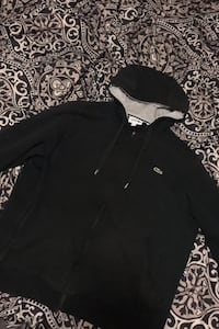 Mens Medium Lacoste Hoodie Abbotsford, V2T 2V8