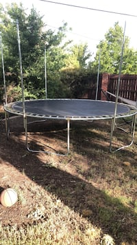 Trampoline Roswell, 88201