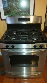 Best Offer.. Stove And Microwave  Springfield