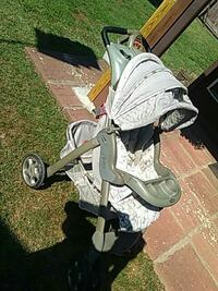 baby's gray and white umbrella stroller Moore, 73160