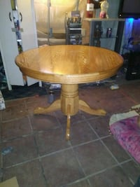Beautiful refinished dining table like new