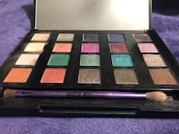 Black and brown makeup palette Guelph, N1E 7G6