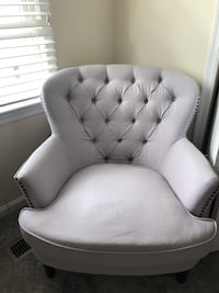 Tufted upholstered armchair Springfield, 22153
