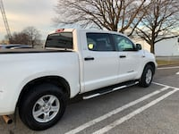 2010 Toyota Tundra 5.7 Auto Limited Crew Max Washington