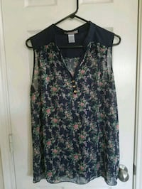 Women's floral shirt- size XL  Fort Worth, 76131