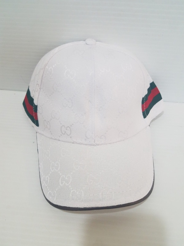 faaa7f81a055 Used white and red gucci cap for sale in Miami - letgo