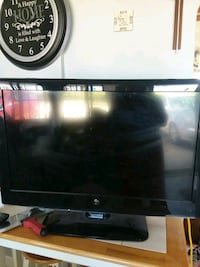 black LG flat screen TV Waupun, 53963