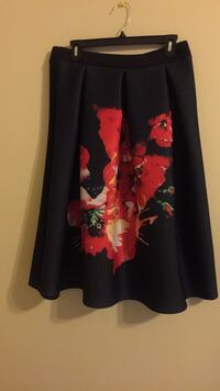 black and pink floral long-sleeved dress Alexandria, 22306