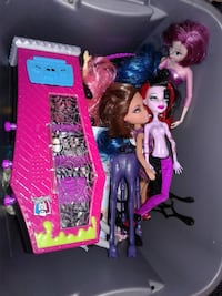 MONSTER HIGH DOLLS AND ACCESSORIES Warminster