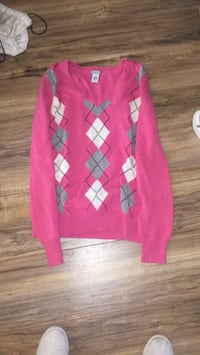 pink and white argyle sweater Apple Valley, 92307