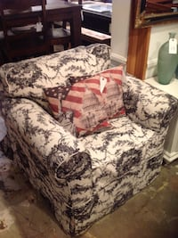 brown and beige floral fabric sofa chair Costa Mesa, 92627