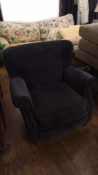 Rolled arm accent chair Elizabeth City, 27909