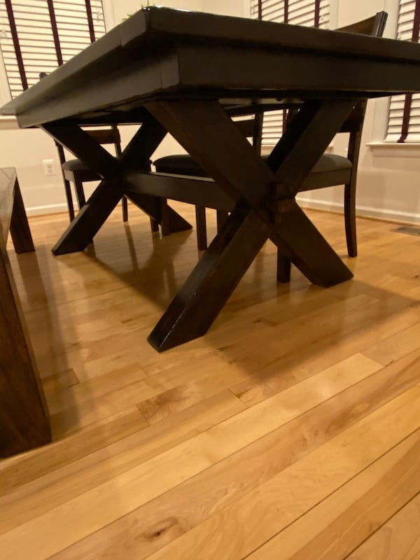 (OBO) Pottery Barn Dining Table +4 chairs +bench-(All) real solid wood a8e5d2fd-bd3d-4d91-9b4b-a5a471863664