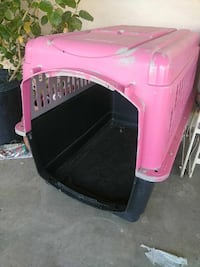 pink and black pet carrier Cathedral City, 92234