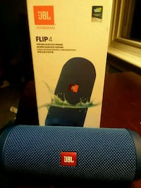 black JBL Charge 3 with box Hyattsville, 20781