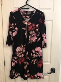 black and pink floral long-sleeved dress King, L3Y 4V9